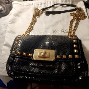 Michael Kors shoulder bags with Chain